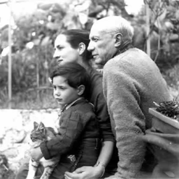 Photo of Francoise Gilot, Picasso and their son, Claude